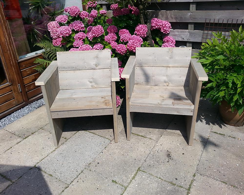 Buitenstoelen steigerhout